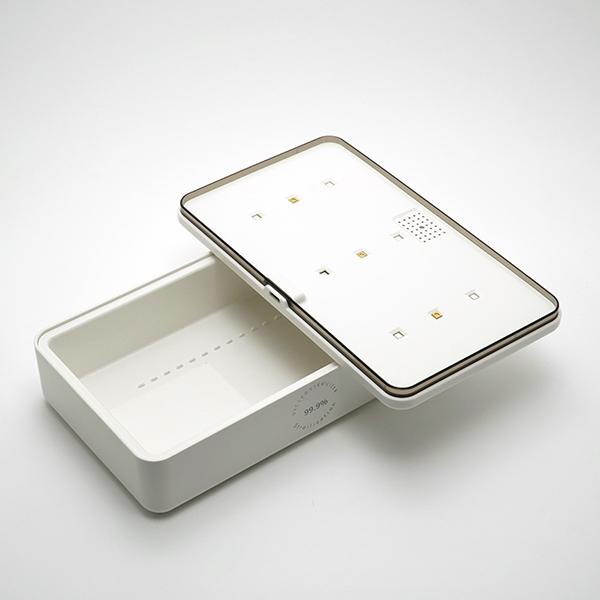 Портативний ультрафіолетовий стерилізатор з функцією бездротової зарядки смартфона UV UVC-LED 5V/2A Білий